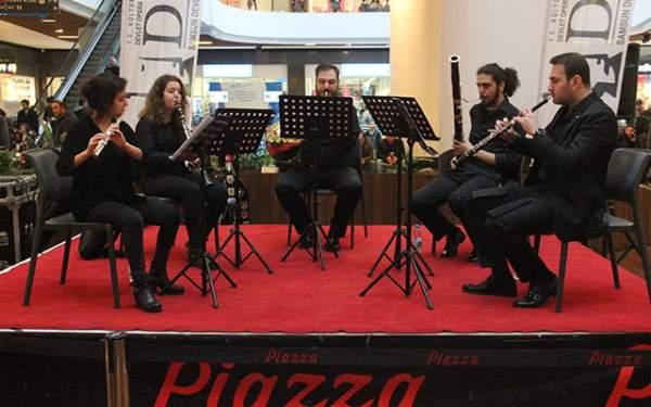 Piazza Müşterileri Opera ile Karşılandı