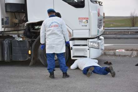 TIR şoförünün acı ölümü