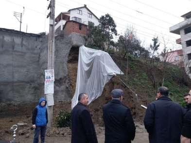 Giresun'da inşaat temelinde heyelan meydan geldi, çevre evler boşaltıldı