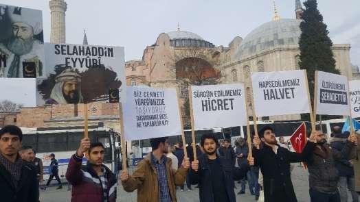 İstanbul, Ayasofya önünde Yeni Zelanda'daki cami saldırısına karşı tek ses oldu