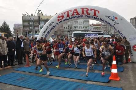 Batman'da Uluslararası Yarı Maraton yapıldı