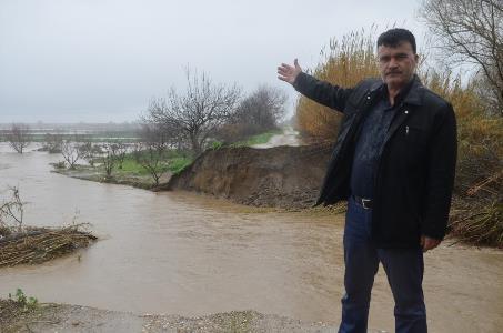 Tarım arazileri sular altında kaldı, çiftçiler tedirgin