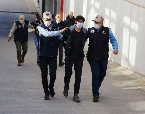 Adana'da terör örgütü YPG/PKK operasyonu: 3 tutuklama
