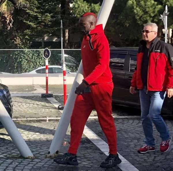 Omar Elabdellaoui'ye ziyaretler sürüyor