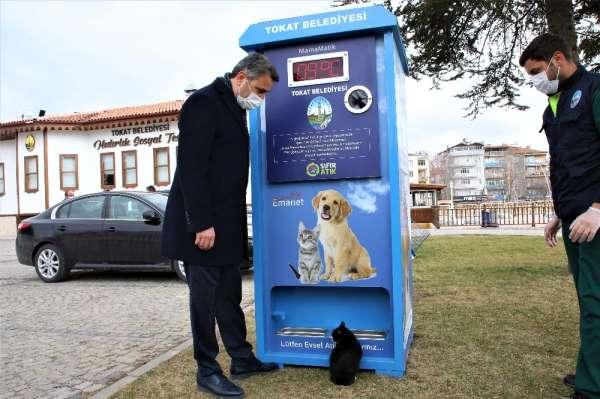 Çevreci mamamatikle sokak hayvanları beslenecek