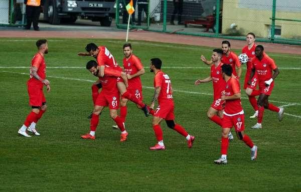 TFF 1. Lig: Tuzlaspor: 3 - Adanaspor: 2