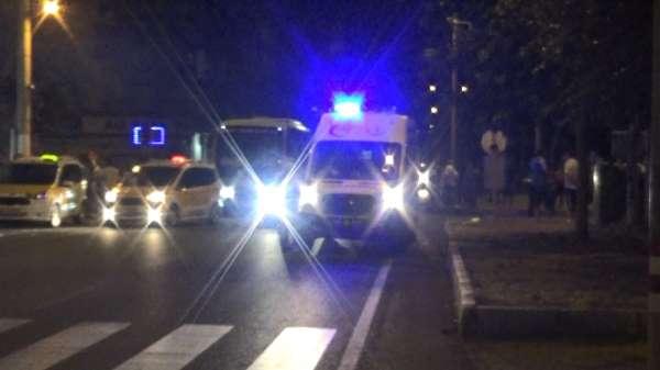 Diyarbakır'da iki otomobilin çarpıştığı trafik kazasında 2'si ağır 5 çocuk yaral