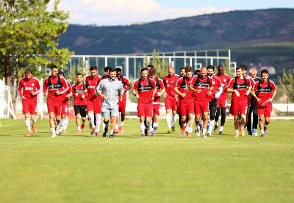 Sivasspor günü tek idmanla tamamladı