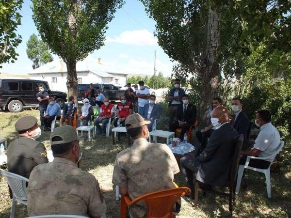 Kaymakam Yalçın'dan şehit ailesine bayram ziyareti