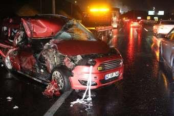 TEM Otoyolu'nda feci kaza: 1 ölü, 5 yaralı