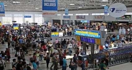 Turizm kenti Antalya yılın son ayına rekorla girdi