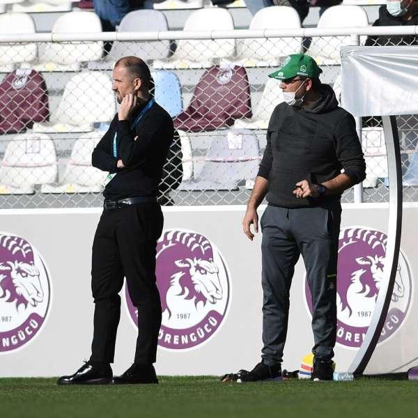 Bursaspor Teknik Direktörü Mustafa Er: Mutluyuz, gururluyuz, onurluyuz