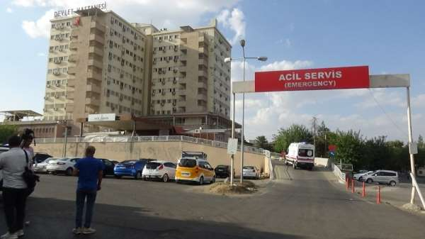 Diyarbakır'da üstüne kuma getirildiğini öğrenen kadın, kocasını bıçakladı