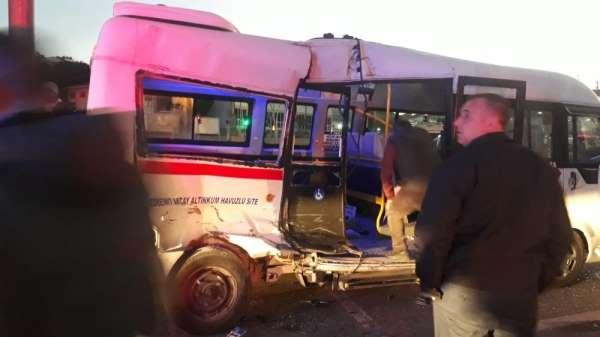 Balıkesir'de trafik kazası: 7 yaralı