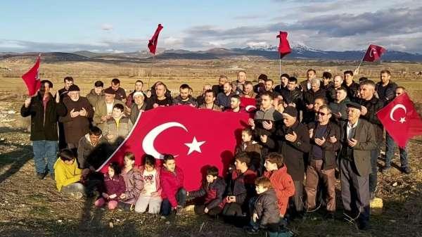Köylülerden Mehmetçiğe tam destek
