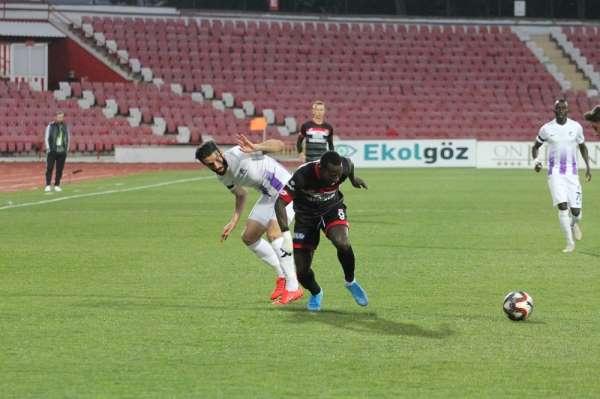 TFF 1. Lig: E.H. Balıkesirspor: 0 - Keçiörengücü: 0 (ilk yarı)
