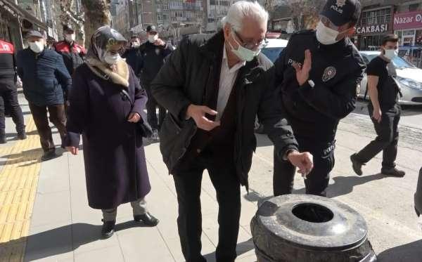 Amasyada korona virüs denetimleri artırıldı, sokakta sigara içenlere ceza kesildi