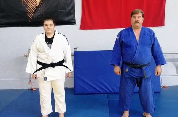 Şampiyon judocu babasının izinde gidiyor