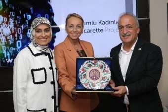 Atatürk Üniversitesi'nde, Erzurumlu Kadınlar e-ticaret projesi görüşüldü