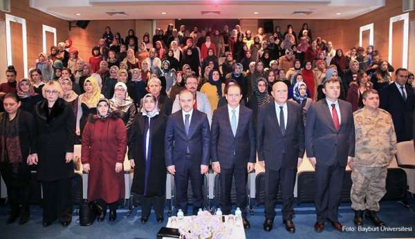 Bayburt Üniversitesi'nde 'Anne Üniversitesi' açılış töreni gerçekleşti