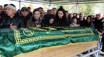 İsviçre'de trafik kazasında hayatını kaybeden 3 kişi Erzincan'da son yolculuklar
