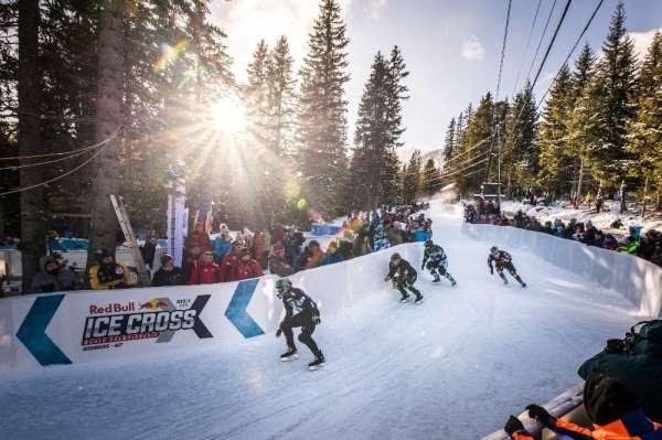 'Buzun En Hızlıları' Avusturya'da nefes kesti