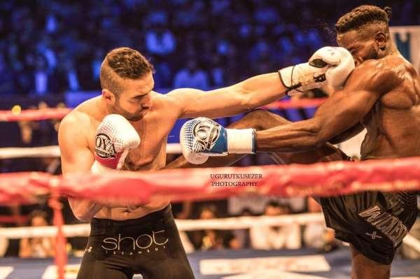 Şampiyon kickbokscu Mücahit Kulak, Alman rakibini mağlup etti