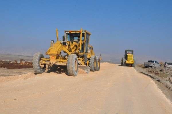 Huzur sağlandı, Şırnakta köy yollarına 78 milyon liralık yatırım yapıldı