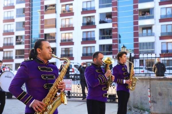 Orduda Kent Orkestrası vatandaşlara moral oldu