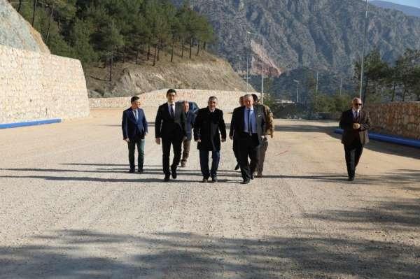 Başkan Sarı: 'Kale Yolu çalışmalarımızda sona geldik'