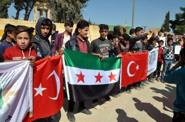 İdlib şehitleri için Suriye'de miting düzenlendi
