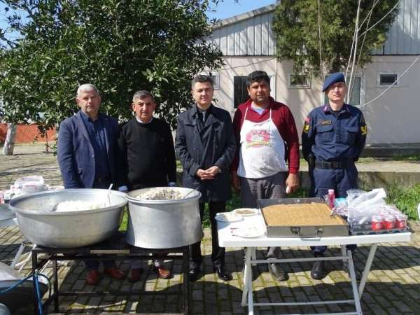 İncirliova'da İdlib şehitleri için pilav hayrı düzenlendi