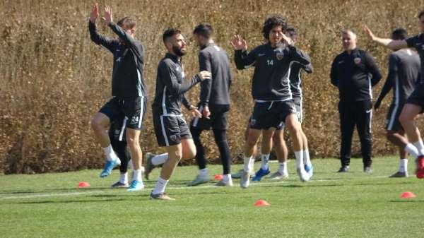 Kayserispor, Kasımpaşa maçının hazırlıklarına ara vermeden başladı