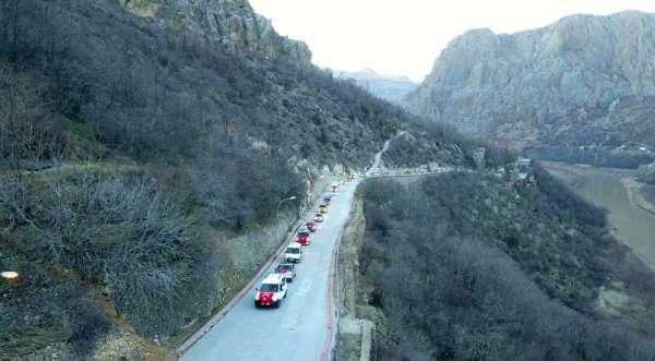 Kemaliye'de İdlib şehitleri için araçlı konvoy