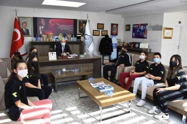 Başkan Özcan Taekwondoculara başarılar diledi