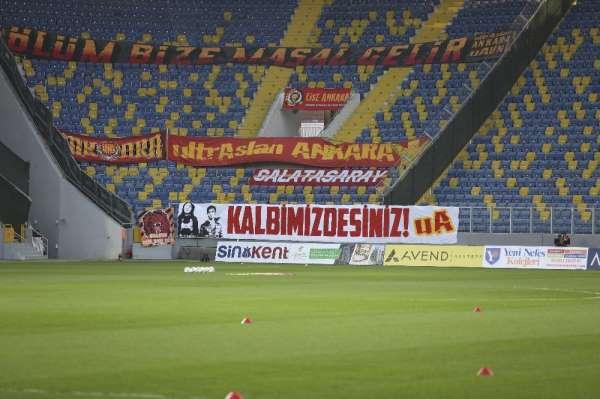 Galatasaray taraftarı vefat eden MKE Ankaragücü taraftarları Eren ve Merti unutmadı