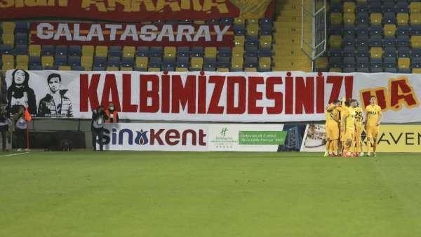 Süper Lig: MKE Ankaragücü: 1 - Galatasaray: 0 İlk yarı