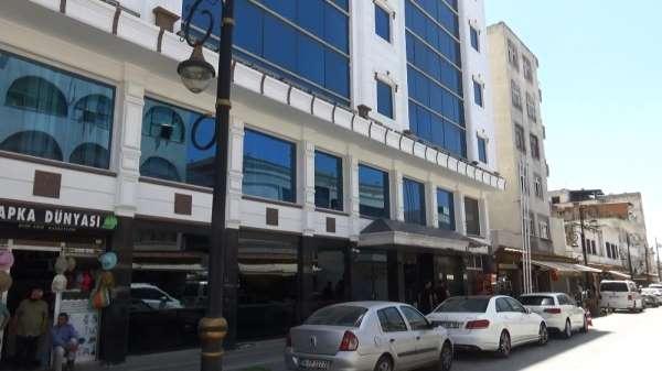 Sur olaylarında zarar gören 5 yıldızlı otel tadilata alındı