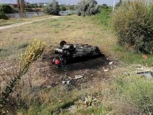 Manisa'da feci kaza: traktör ikiye bölündü, otomobil alev alev yandı