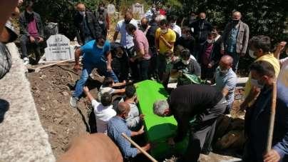 Kocaeli'de denizde boğulan kişi toprağa verildi