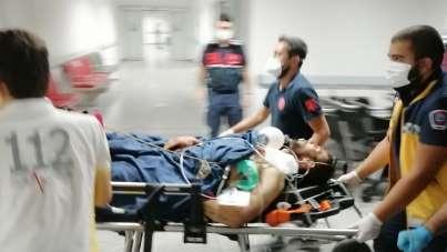 Aksaray'da bir kişi husumetli olduğu şahsı ve 2 arkadaşını bıçaklayarak yaraladı