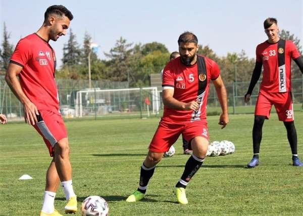 Eskişehirspor Ümraniyespor maçı hazırlıklarını tamamladı