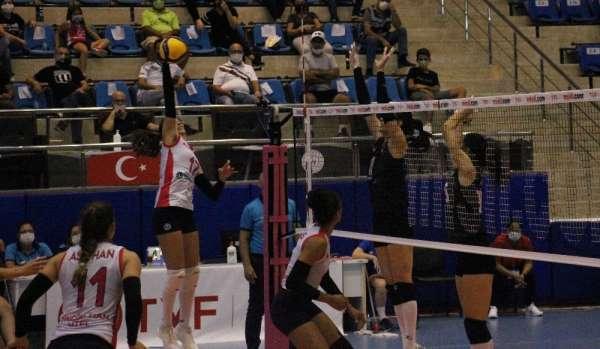 Sultanlar Ligi: Aydın Büyükşehir Belediyespor: 3 - Beşiktaş : 0