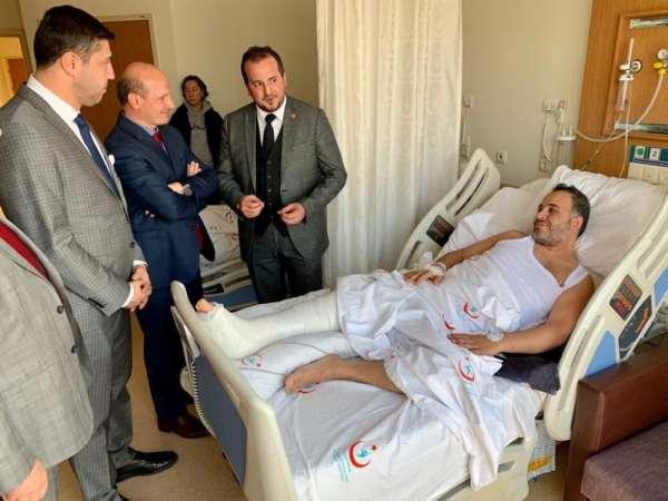 Adana'ya maça giderken trafik kazası geçiren Bursaspor taraftarına vekil ziyaret