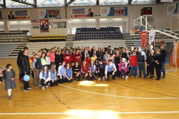 Başkan Akın'dan engelli basketbol takımı müjdesi