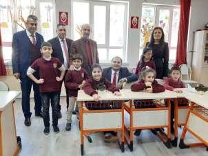 Şehit Orçun Kubat İlköğretim Okulu'nda 'Engelliler Günü' etkinliği