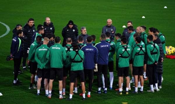 Konyaspor ikinci yarı hazırlıklarına başladı