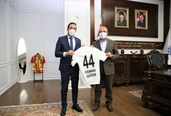 Başkan Güdere Yeni Malatyaspordan anlamlı ziyaret