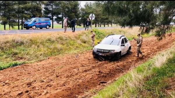 HDPli başkanın aracı kaza yaptı: 4 yaralı