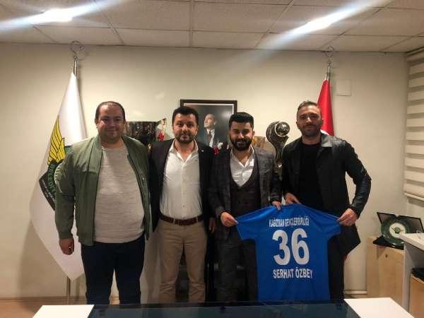 Kağızman Gençlerbirliği Spor yönetiminden Akhisarspora ziyaret